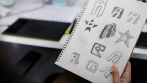 Création de logo gratuit : Pourquoi votre entreprise mérite mieux ?