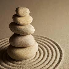 galet empilé zen spiritualité et bien-être